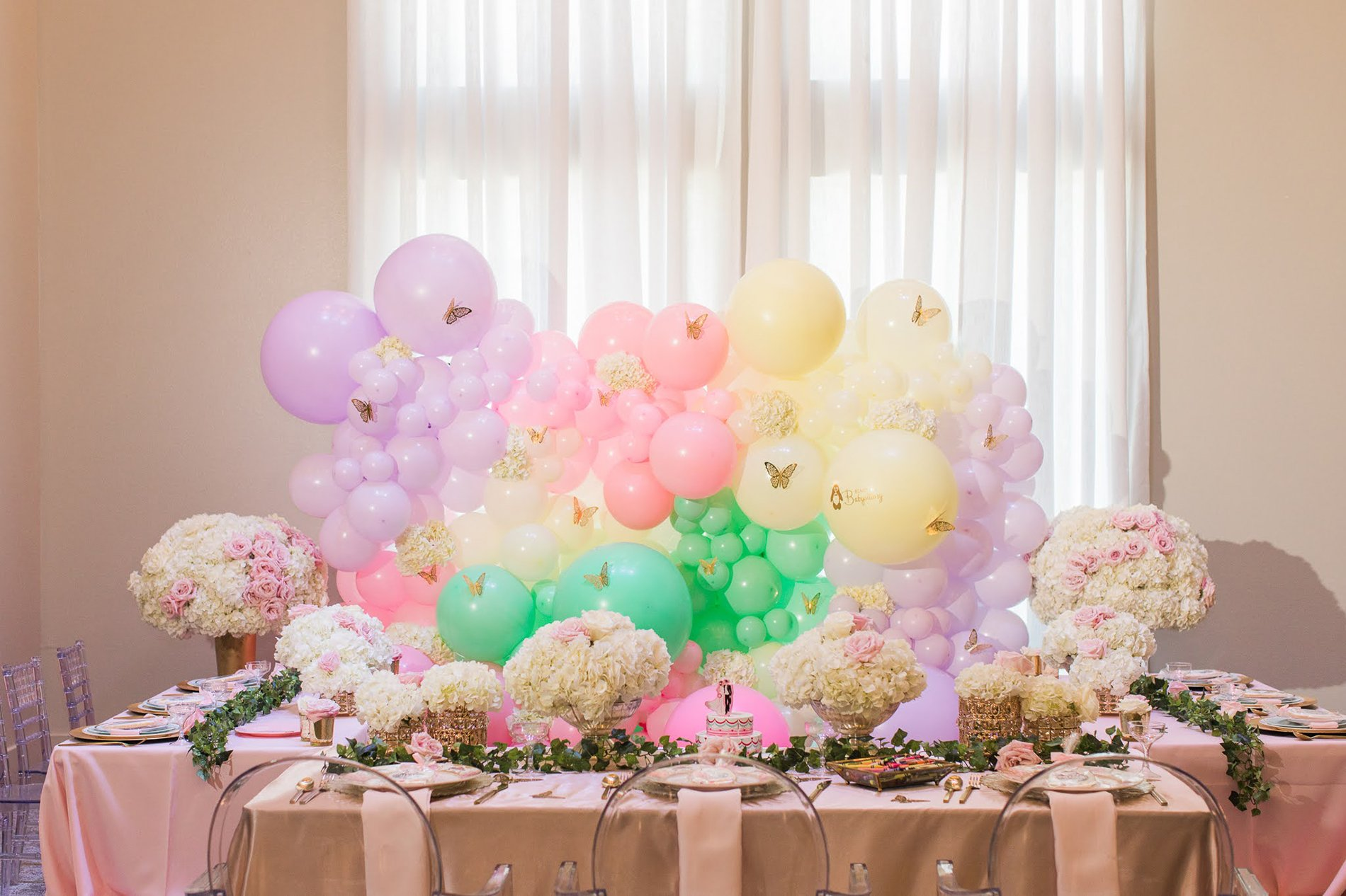 balloon and floral design